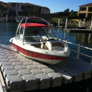 Floating dock, floating pontoon,Docking system